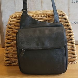 Fossil crossbody. 100% genuine leather with nylon!
